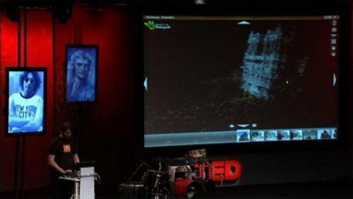 Blaise Aguera y Arcas showing off Notre Dame cathedral using Photosynth