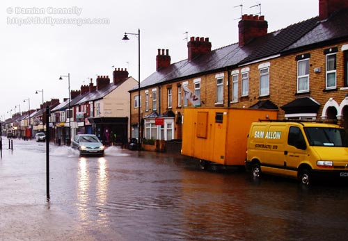 Newland Avenue in Hull, flooded